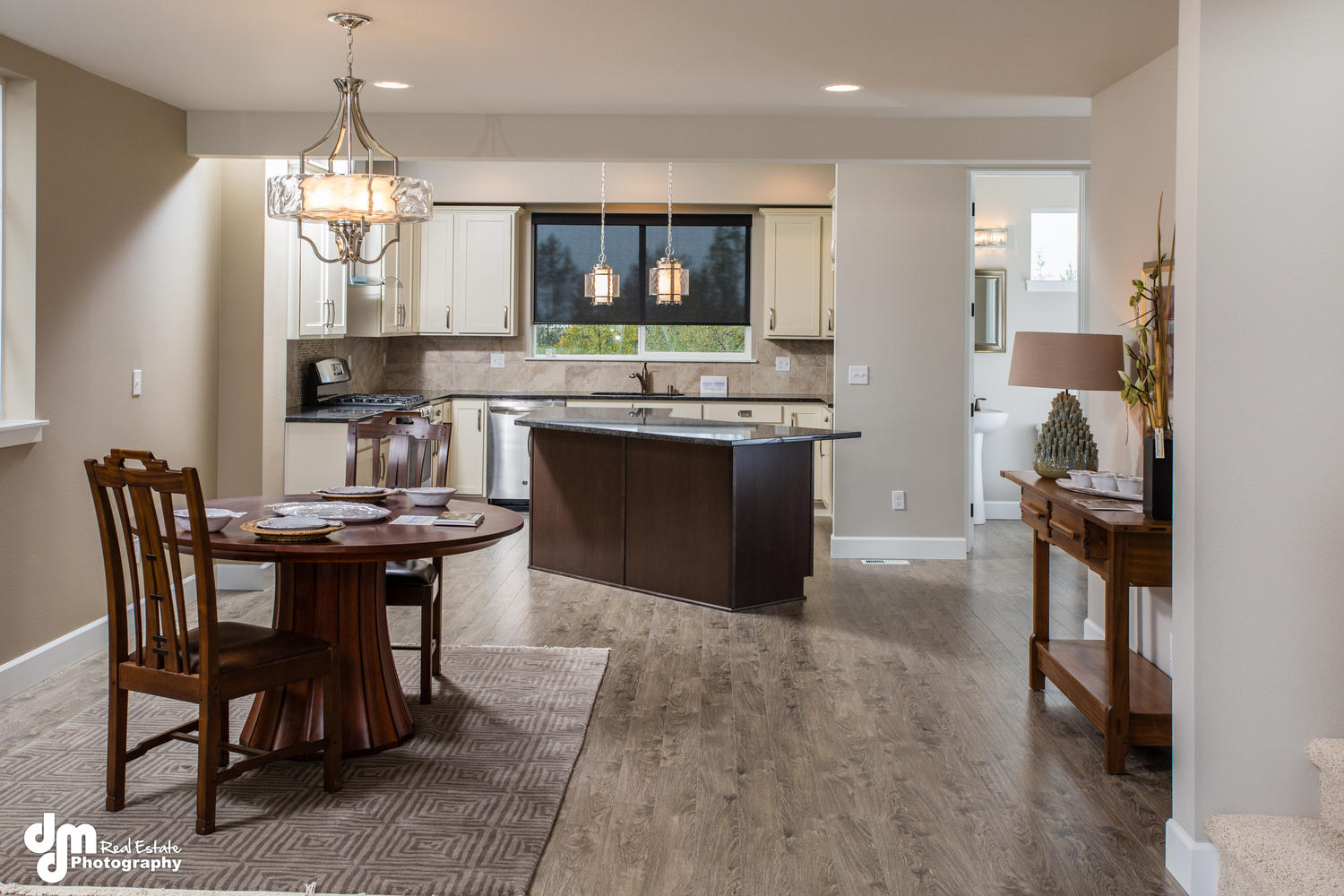 11425-Moonrise-Ridge-Place-large-010-Dining-RoomKitchen-1500x1000-72dpi