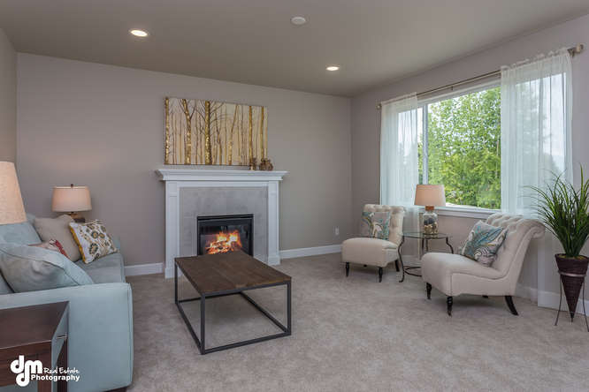 8019-GrayHawk-Cir-Anchorage-AK-small-005-24-Living-Room-IMG-9987-666x445-72dpi