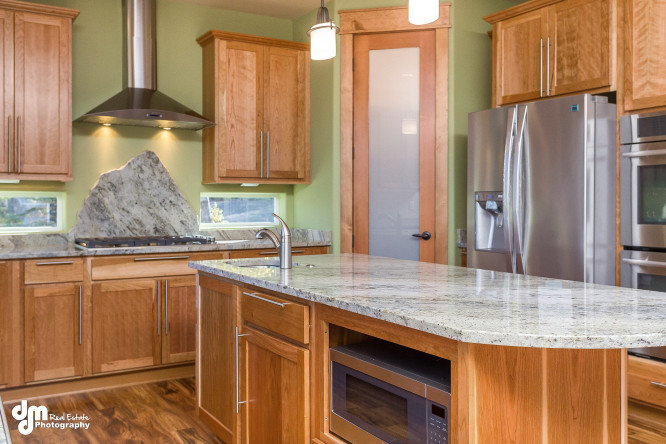 8671-Estates-Circle-Anchorage-print-010-9-Kitchen-IMG-2036-4200x2800-300dpi-e1453362974958