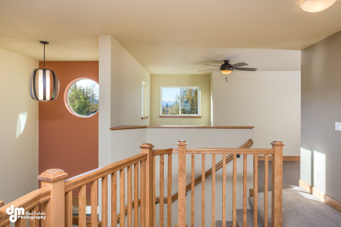 8671-Estates-Circle-Anchorage-print-035-38-Upstairs-Landing-Loft-IMG-1962-4200x2800-300dpi-e1453364601443