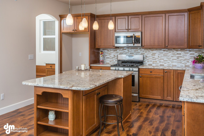 John-Hagmeier-Homes-Dahlia-print-005-Kitchen-4200x2800-300dpi-e1453368058863